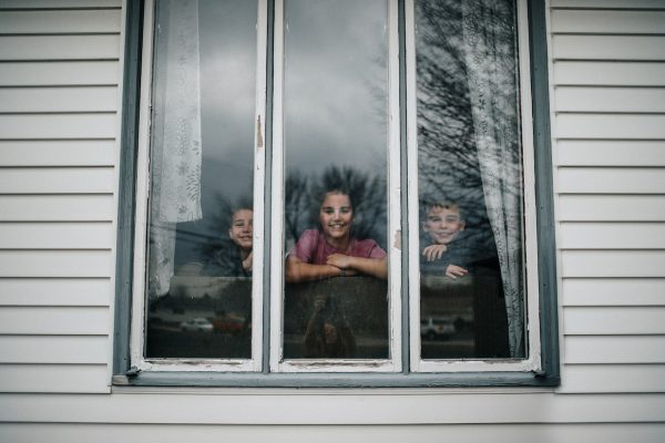 Kids-Inside-Home-During-the-Worldwide-Quarantine-by-@hwilson8-USA