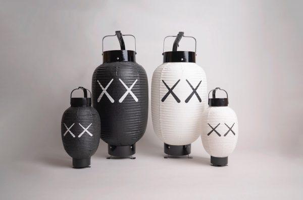 Lot-3_KAWS-HOLIDAY-JAPAN-Lantern_1