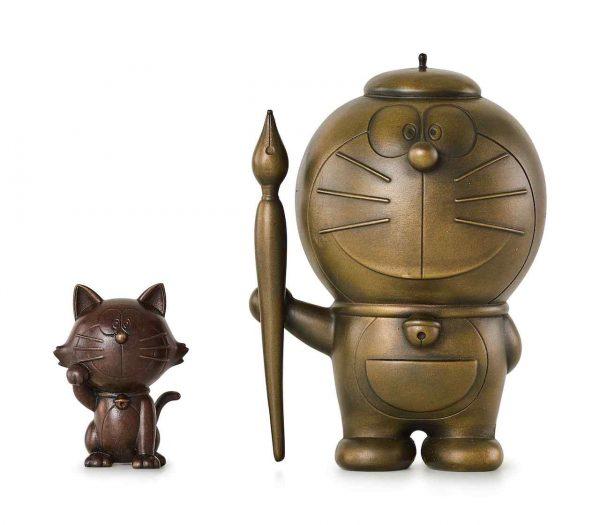 Lot-5_Doraemon-Cast-Bronze-Sculpture-Lucky-Cat-Sculpture