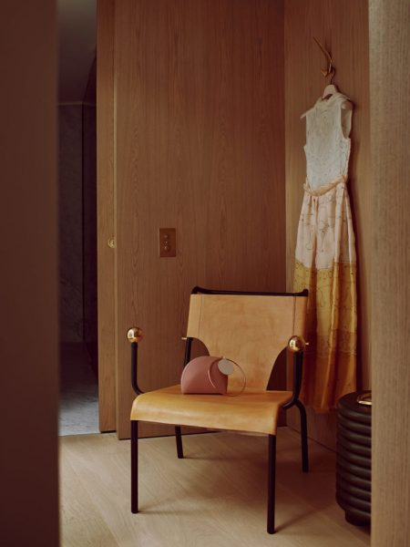 roksanda-ilincic-staged-luxurious-apartment-4-770x1027
