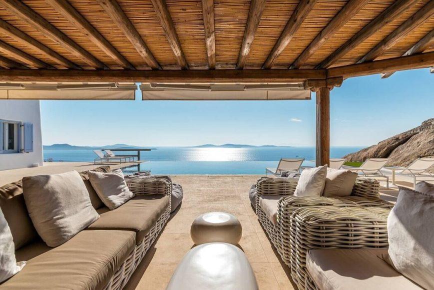 001-infinite-blue-villa-mykonos-architects-1050x701