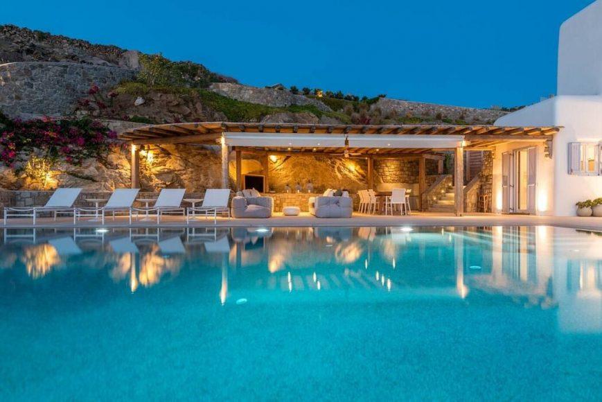 008-infinite-blue-villa-mykonos-architects-1050x701
