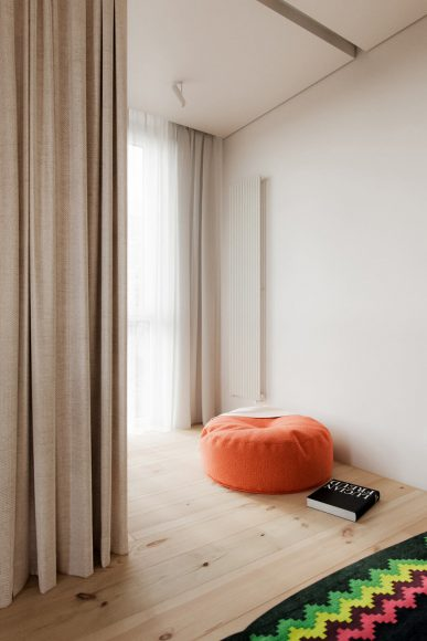 015-koti-apartment-by-hi-atelier-1050x1575