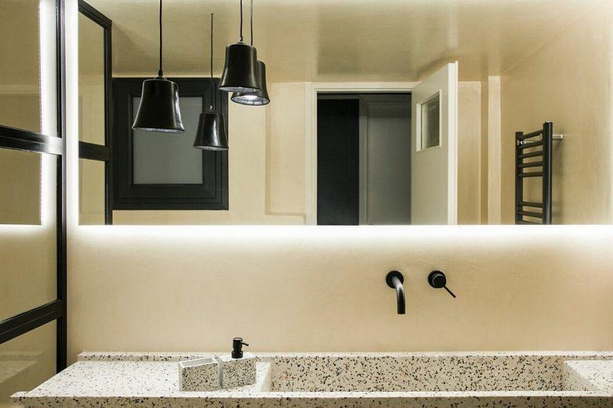 013-1977-apartment-athens-evelyn-chatzigoula-1050x700