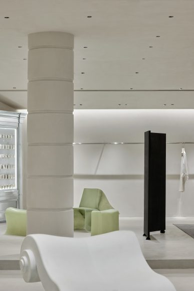 One-Fine-Day-Studio-Partners-Mao-Space-Guangzhou-Fashion-Retail-Interiors-Yellowtrace-10