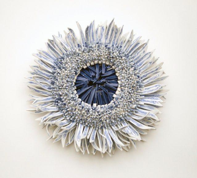 Blue-White-porcelain-shards-flower_5