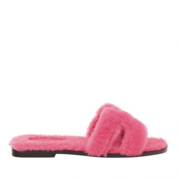 40 剪羊毛皮凉鞋