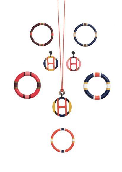 51 漆木手镯、漆面水牛角耳环及吊坠项链